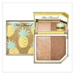 🌺TOO FACED Pineapple Paradise Highlighter Bronzer